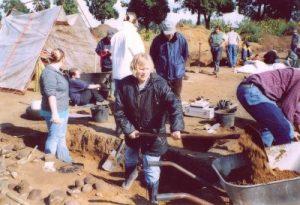 Foto: Teilnahme an einer Grabung in Mühlen-Eichsen
